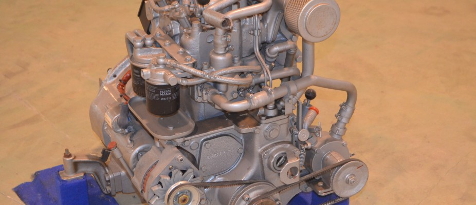 D-203-2 Electrico-marino- c/bomba agua